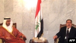 Iraqi Foreign Minister Hoshyar Zebari (right) with UAE counterpart al-Nahayan in Baghdad last month