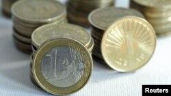 Економииите што се задолжуваат не се на добар пат, покажуваат европските примери