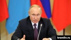 """Русия и президентът Владимир Путин не се отказват от """"Северен поток 2"""", въпреки американските санкции."""