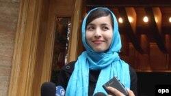 Gazetarja Roxana Saberi pas lirimit nga burgu...