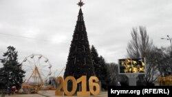 Новорічна ялинка в Керчі