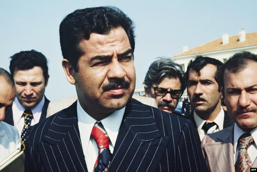 صدام در ایستر، جنوب فرانسه. سال ۱۹۷۵.