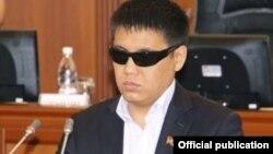 Қырғызстан парламентінің депутаты Дастан Бекешов. Қырғызстан, Бішкек, 18 қазан 2011 жыл.