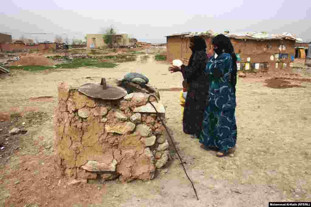 Ирак-Сирия. Лагерь беженцев