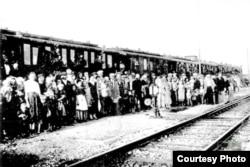 """""""Интергельпо"""" кооперативинин 2-эшелонунун Кыргызстанга келиши. 1926-жыл."""