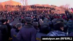 Гюмридегі Ресей әскери базасының алдында қарсылық шарасы. Армения, 13 қаңтар 2014 жыл.