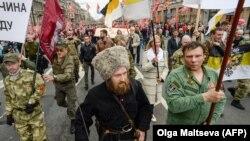 Учасники хресної ходи в російському Санкт-Петербурзі, 12 вересня 2017 року