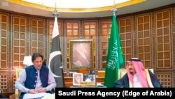 آرشیف، دیدار عمران خان صدراعظم پاکستان با پادشاه عربستان سعودی در ریاض