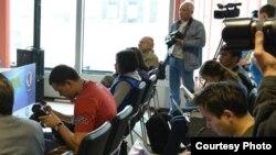 Журналисты на пресс-конференции. Алматы. Иллюстративное фото.