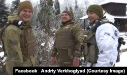 Андрій Верхогляд – зліва, а праворуч – його бойовий товариш Андрій Кизило, який загинув 27 січня 2017 року під Авдіївкою
