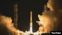 Ракета-носитель «Протон-М» стартует с космодрома Байконур. Иллюстративное фото.