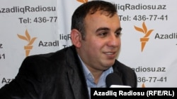 Xalid Bağırov AzadliqRadiosunun studiyasında. Bakı.2011