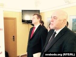 Амбасадар Чэхіі ў Беларусі Мілан Экэрт і амбасадар Славаччыны Міраслаў Мойжыта,