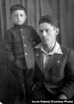 Зь любімым дзядзькам Мацьвеем, 1947 год