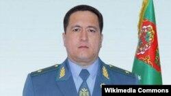 Içeri işler ministri Isgender Mulikowyň bolsa harby çini beýgeldildi.