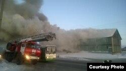 Пожар на ул. Таёжная, 39 в Новом Уренгое 7 марта 2016 года