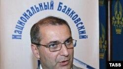 Гарегин Тосунян: «Мы можем сами себя довести себя до коллапса»