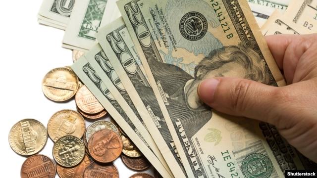 «Bazarda dollar bolluğu yarana bilər»