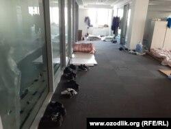Асакадаги завод ичидан 2 июнь куни олинган сурат.