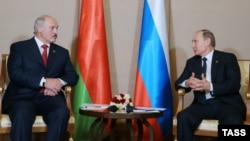 Аляксандар Лукашэнка і Ўладзімер Пуцін у Казахстане