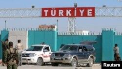 Контрольно-пропускной пункт на сирийско-турецкой границе.