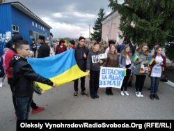 Учні школи №2, в якій навчався Євген Семидоцький