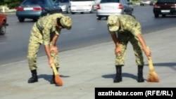 Türkmen esgerleri