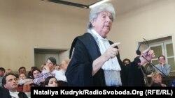 Рафаелле Делла Валле на суді щодо нацгвардійця Марківа