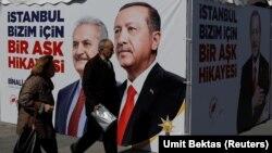 İstanbulda seçkiqabağı təşviqat plakatı