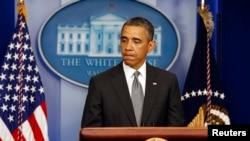 АҚШ президенті Барак Обама Ақ үйде сөйлеп тұр. Вашингтон, 16 сәуір 2013 жыл.