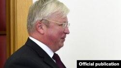 Рускиот амбасадор во Северна Македонија, Сергеј Баздникин