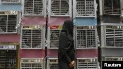 هند با ثبت ۵۱ درجه سانتیگراد یکی از گرمترین روزهای خود در تاریخ این کشور را تجربه کرد