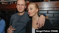 Алексей Навальный с женой Юлией на концерте рэпера Хаски в Москве 26 ноября 2018