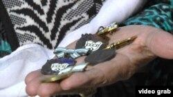Ордену медалҳои Шӯравӣ дар кӯҳнафурӯшиҳои Душанбе
