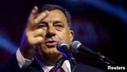 Bosnia-Herzegovina - Milorad Dodik, President of Republika Srpska, speaks after the results of a referendum over a disputed national holiday during an election rally in Pale, Bosnia and Herzegovina, September 25, 2016.