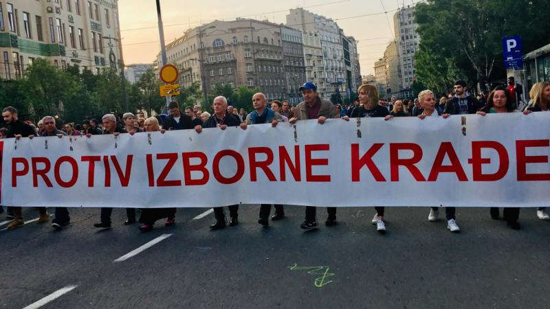 Koraci posle odluke o bojkotu izbora u Srbiji