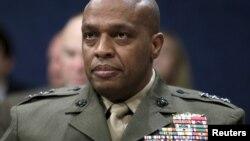 Керівник розвідки міністерства оборони, генерал-лейтенант Вінсент Стюарт