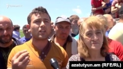 Armenia - Protesting villagers in Gegharkunik province speak to RFE/RL, 7Jun2017.