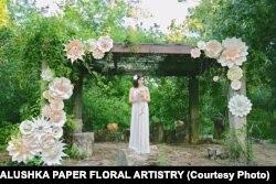Казковий світ паперових квітів Христини Балушки