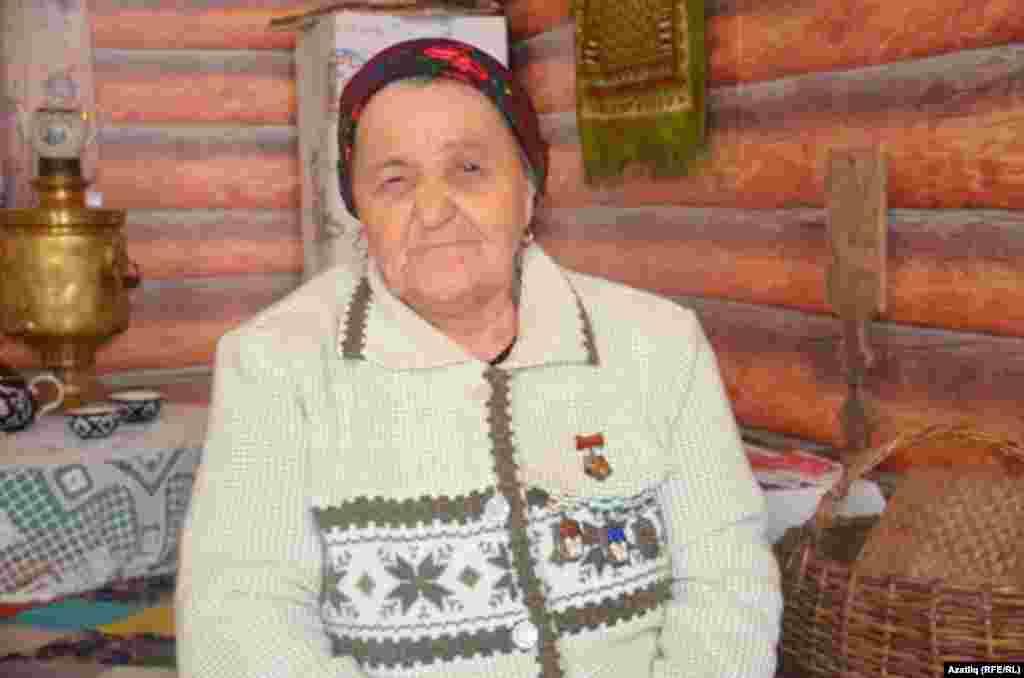 Герой ана Венера Бикшанова
