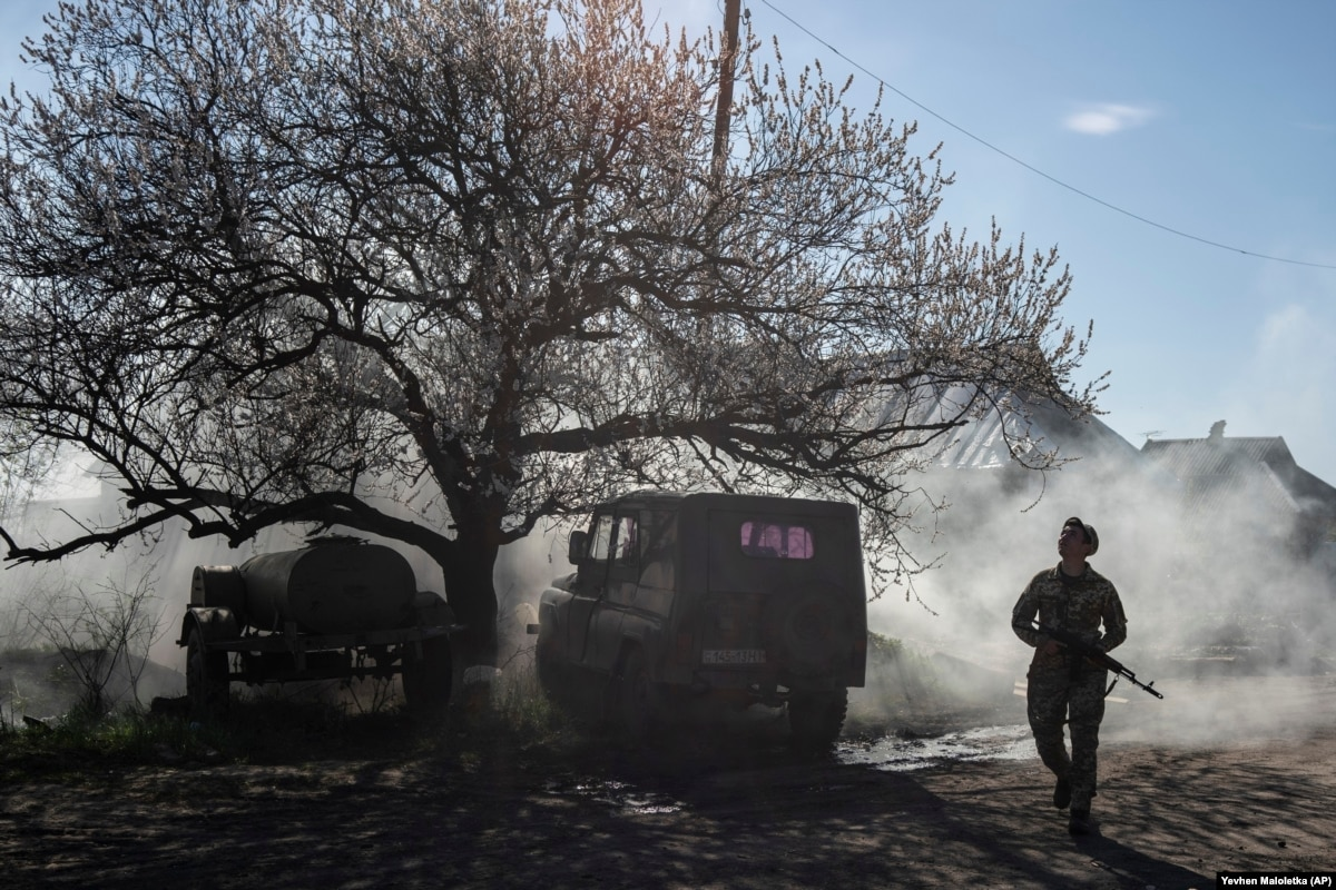 Four Ukrainian Soldiers Killed In Clashes With Russia-Backed Separatists