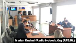 Головуючий у справі суддя Владислав Дев'ятко на одному з попередніх засідань заявив, що промова адвоката Байдика є найдовшою в історії Оболонського райсуду