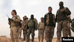 اعضای «نیروهای دمکراتیک سوریه»؛ ۸ فوریه، شمال رقه