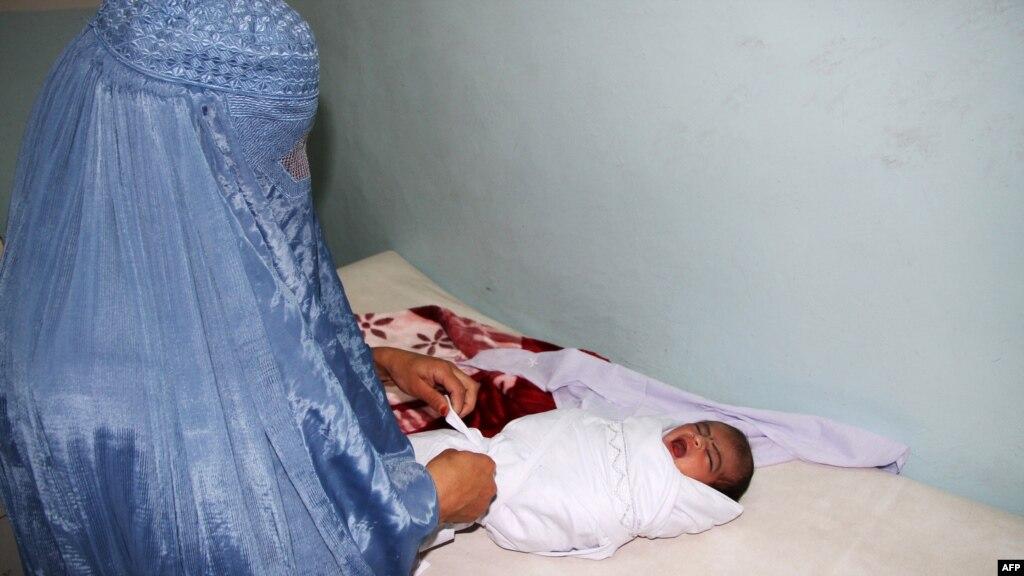 وزارت صحت عامه: در هر یک صد هزار ولادت، ۱۲۰۰ مادر از بین میروند