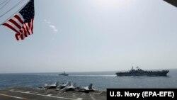 Американский корабль в Аравийском море. Май 2019 года.
