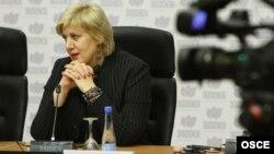 Дуња Мијатовиќ, претставничка за слобода на медиуми на ОБСЕ.