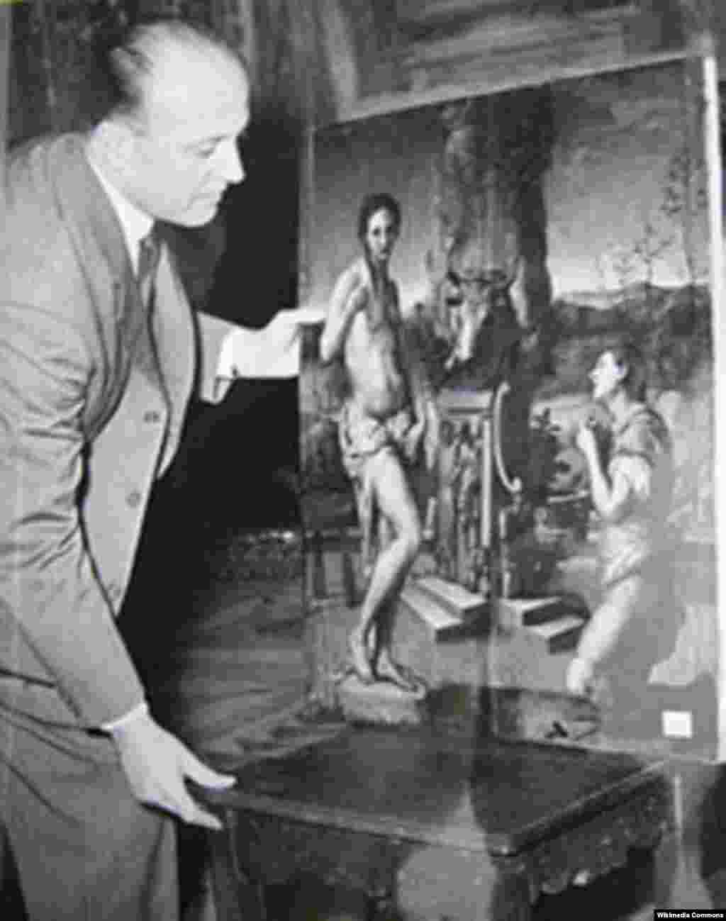 Rodolfo Siviero (1911-1983) și cîteva din operele de artă jefuite și regăsite în Germania de el.