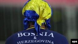 یک هوادار تیم بوسنی و هرزگوین در بازی با ایران