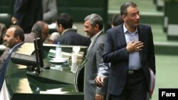 رضا فرجی دانا، وزیر پیشین علوم