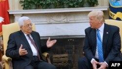 Donald Trump și Mahmud Abbas la Washington, mai 2017